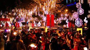 Christmas in Saigon 2019 where to go what to do