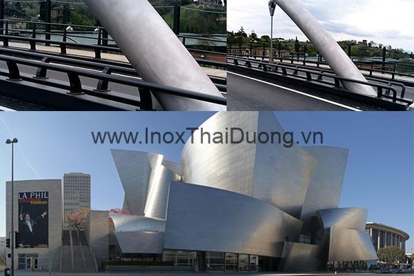 Tấm phủ thép không gỉ được sử dụng cho tòa nhà biểu diễn nhạc Walt Disney