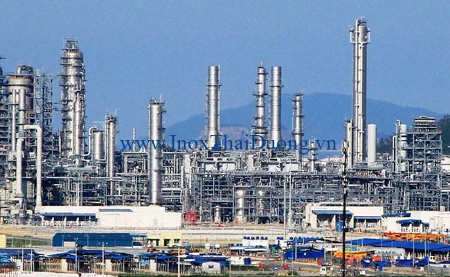 ống inox được sử dụng cho nhà máy lọc dầu