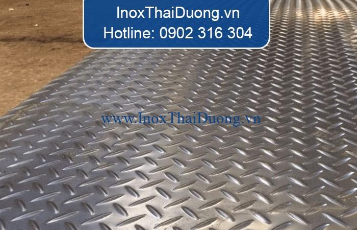 tấm inox 304 gân đúc tại Biên Hòa