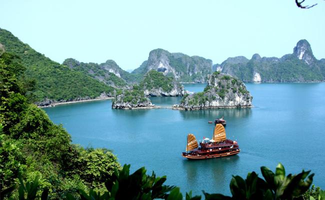 Địa điểm tiêu biểu tại Quảng Ninh